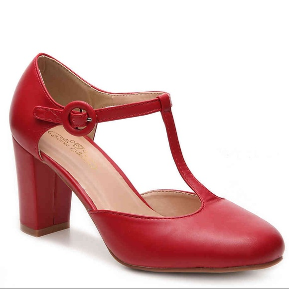 c7fae339ee0 Red T-Strap Mary Jane Heels 9